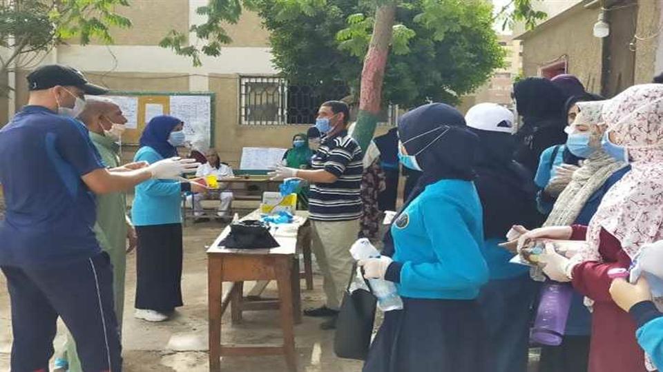 انتهاء امتحان اللغة العربية لطلاب الثانوية العامة